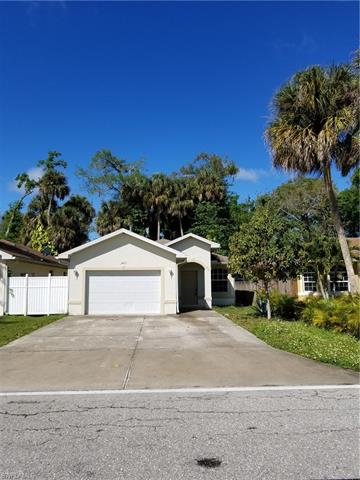 2405 Parkview Dr, Fort Myers, FL 33905