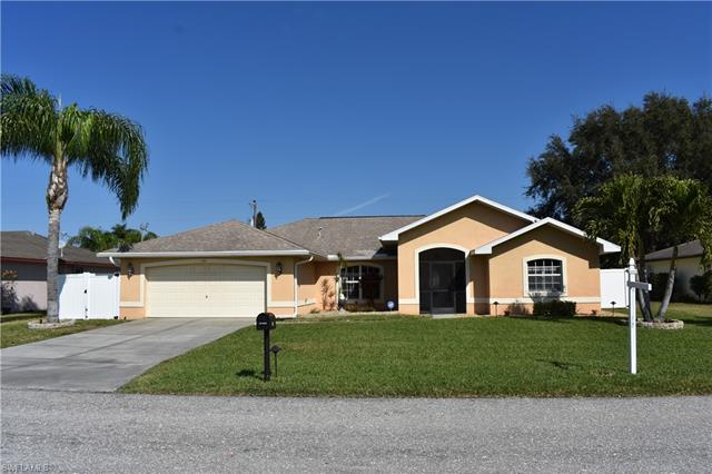 1011 Se 27th Ter, Cape Coral, FL 33904