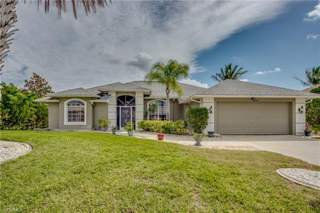 11704 Lady Anne Cir, Cape Coral, FL 33991