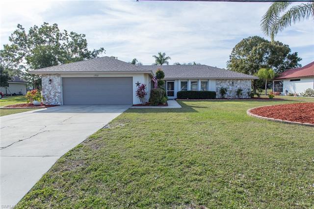 1708 Sw 11th Ave, Cape Coral, FL 33991