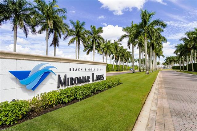 9968 St Moritz Dr, Miromar Lakes, FL 33913