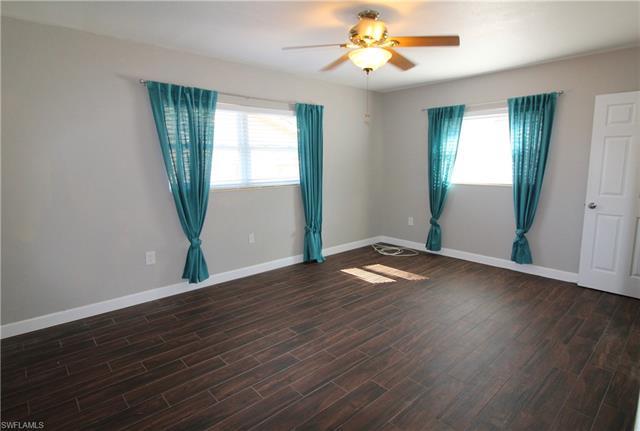 2266 Chandler Ave, Fort Myers, FL 33907