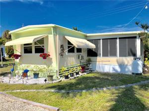 12180 Cypress Dr, Fort Myers, FL 33908