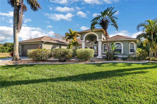 2226 Ne 26th St, Cape Coral, FL 33909