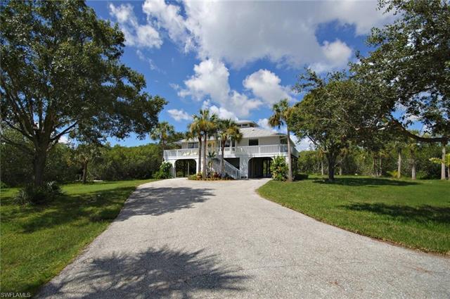1301 Evalena Ln, North Fort Myers, FL 33917