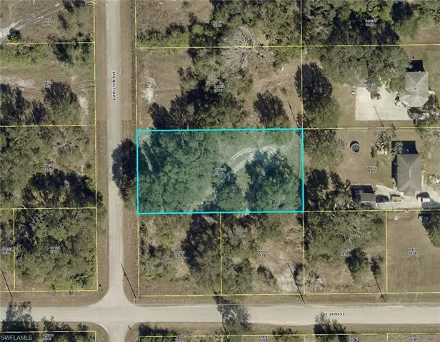 1802 Hamilton Ave, Lehigh Acres, FL 33972