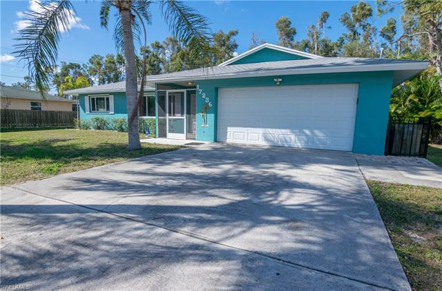 17236 Lee Rd, Fort Myers, FL 33967