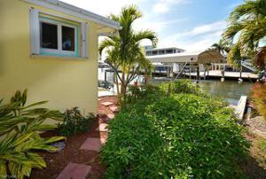 2211 Banana St, St. James City, FL 33956