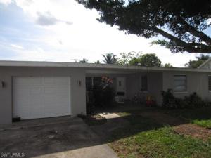 1020 Ione Dr, Fort Myers, FL 33919