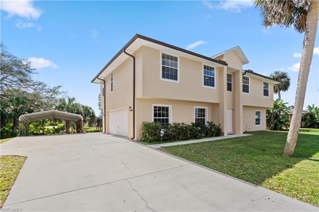 13521 Island Rd, Fort Myers, FL 33905