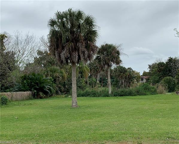 8115 Caloosahatchee Dr Sw, Moore Haven, FL 33471