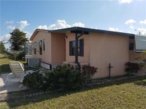 9212 Bonita Dr, North Fort Myers, FL 33903