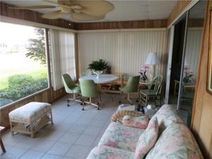 328 Shoreland Dr, Fort Myers, FL 33905