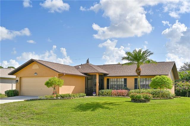 9092 Morris Rd, Fort Myers, FL 33967