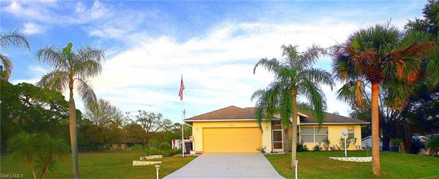 1290 Driftwood Dr, North Fort Myers, FL 33903