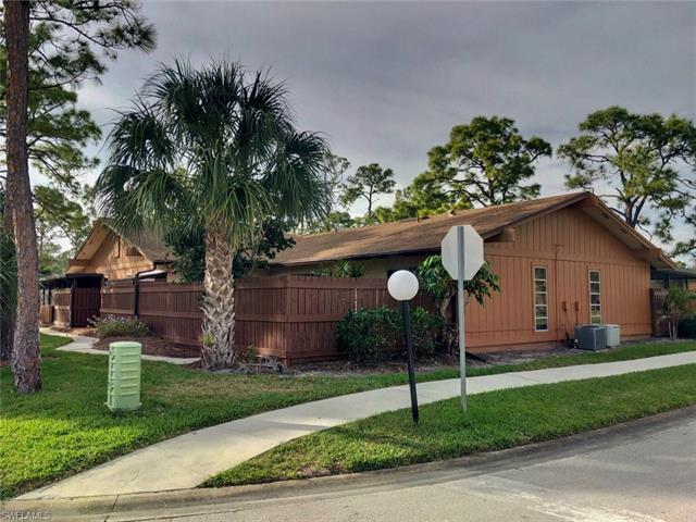 5613 Foxlake Dr, North Fort Myers, FL 33917