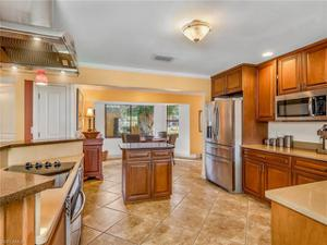 833 Cypress Lake Cir, Fort Myers, FL 33919