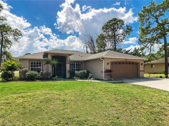9068 Morris Rd, Fort Myers, FL 33967