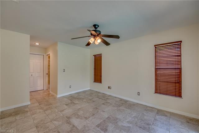 5801 Beechwood Trl, Fort Myers, FL 33919