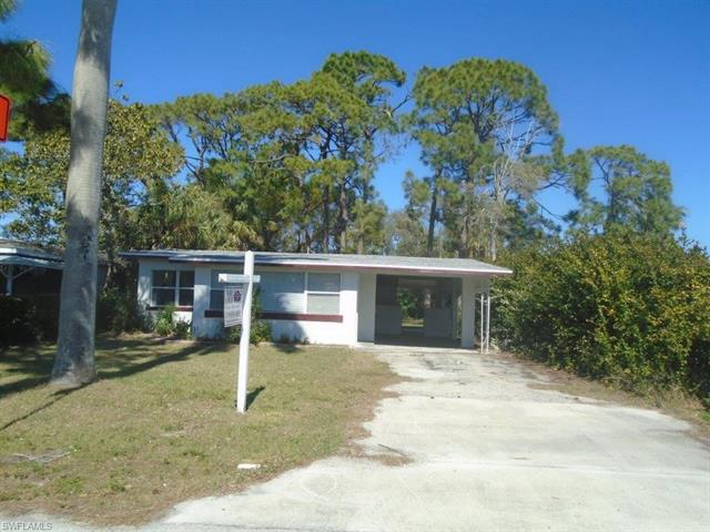 1949 Passaic Ave, Fort Myers, FL 33901