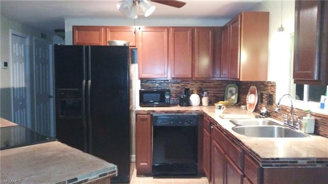 3476 Celestial Way, North Fort Myers, FL 33903