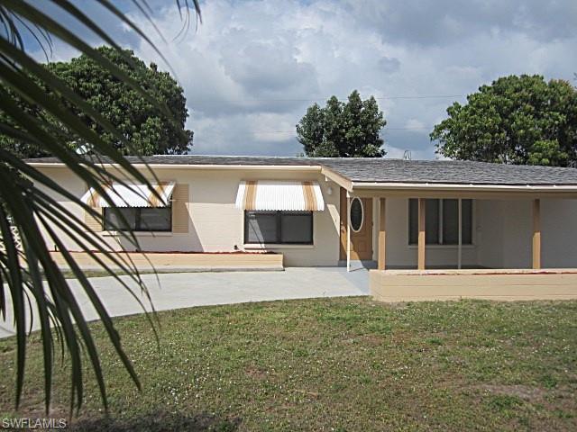 407 Bougainvillea Rd W, Lehigh Acres, FL 33936