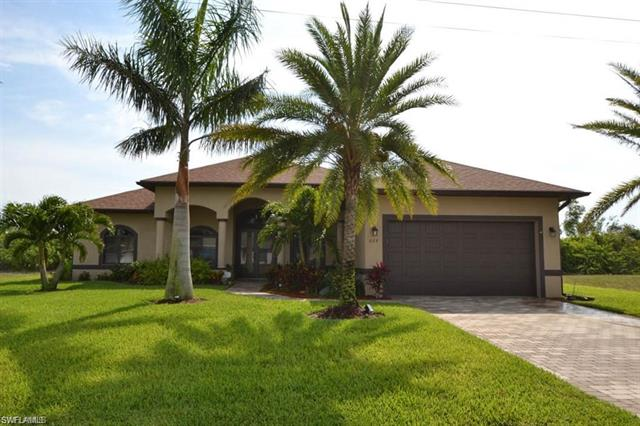 829 Sw 11th Ct, Cape Coral, FL 33991