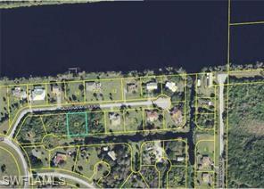 8205 Caloosahatchee Dr, Moore Haven, FL 33471