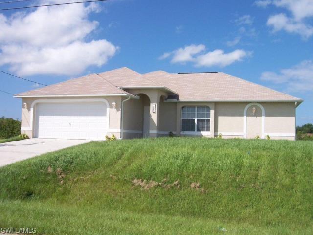 1226 Ne 9th Ave, Cape Coral, FL 33909