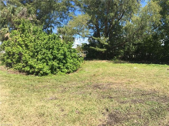 2150 Oleander St, St. James City, FL 33956
