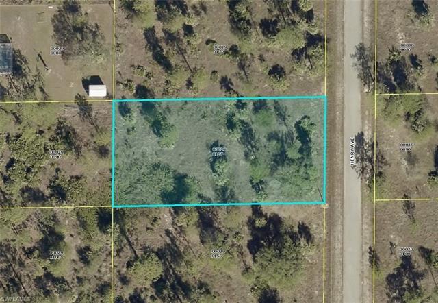 1407 Henry Ave, Lehigh Acres, FL 33972
