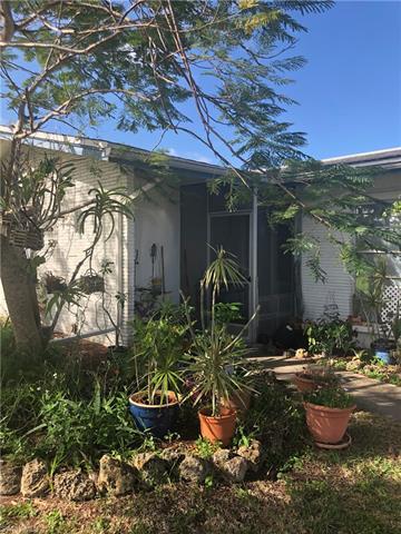5302 Malibu Ct, Cape Coral, FL 33904
