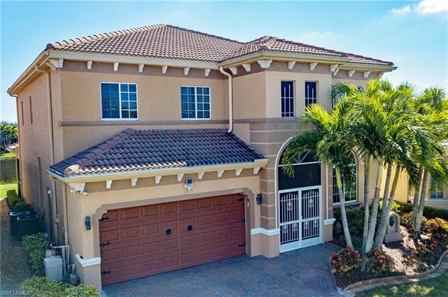 15379 Laguna Hills Dr, Fort Myers, FL 33908