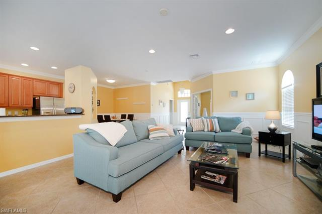 9875 Colonial Walk N, Estero, FL 33928