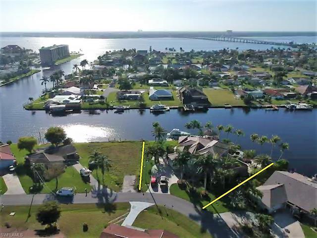 1814 Se 44th St, Cape Coral, FL 33904