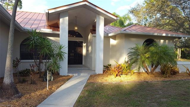 15198 Briar Ridge Cir, Fort Myers, FL 33912