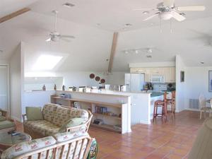 442 Gulf Bend Dr 8, Captiva, FL 33924