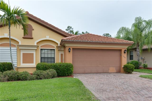 11345 Red Bluff Ln, Fort Myers, FL 33912