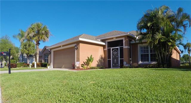 8876 Cedar Hollow Dr, Fort Myers, FL 33912