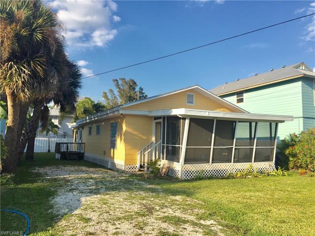 5619 Lewis St, Fort Myers Beach, FL 33931