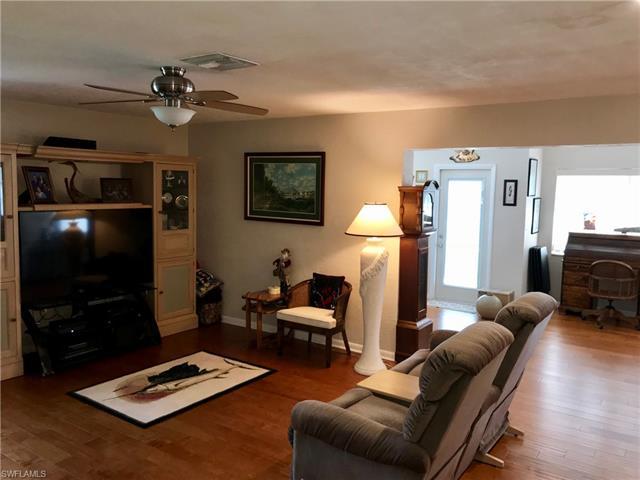 1544 Tredegar Dr, Fort Myers, FL 33919