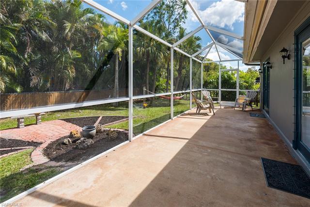 5474 Beaujolais Ln, Fort Myers, FL 33919