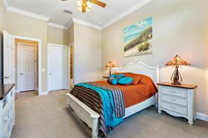 10989 Surrey Pl, Fort Myers, FL 33913
