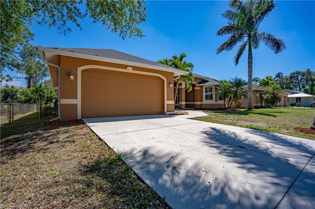 8120 Anhinga Rd, Fort Myers, FL 33967