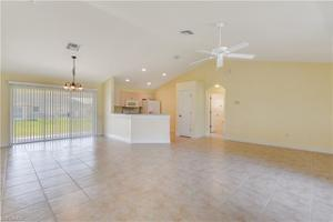 4207 10th St W, Lehigh Acres, FL 33971