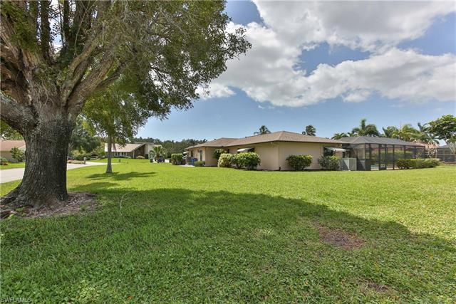 14885 Bonaire Cir, Fort Myers, FL 33908