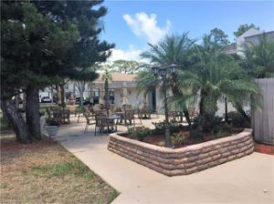 5625 Trailwinds Dr 425, Fort Myers, FL 33907