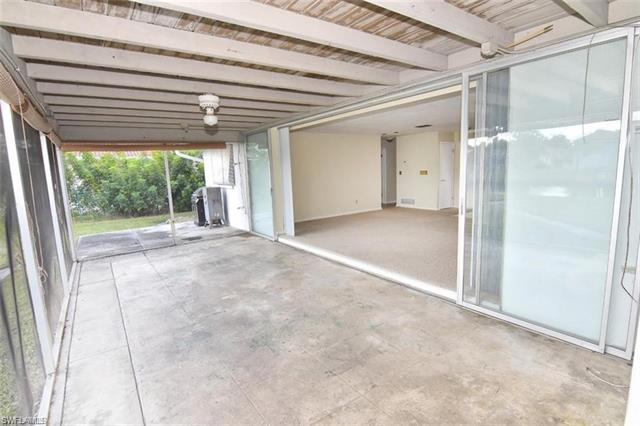 4923 Pelican Blvd, Cape Coral, FL 33914