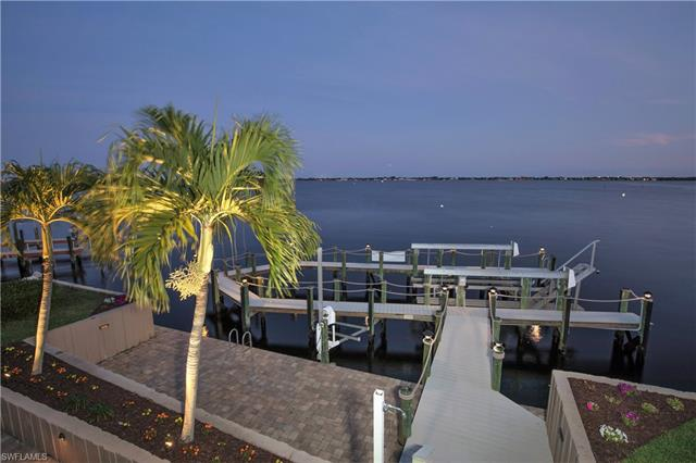 3903 Se 21st Pl, Cape Coral, FL 33904