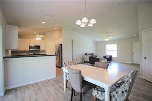 1617 Sw 15th Pl, Cape Coral, FL 33991